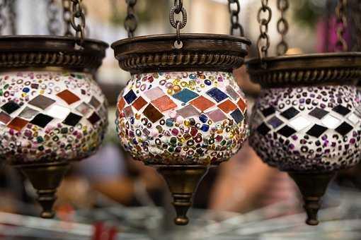 Oriental lamps are a master craft